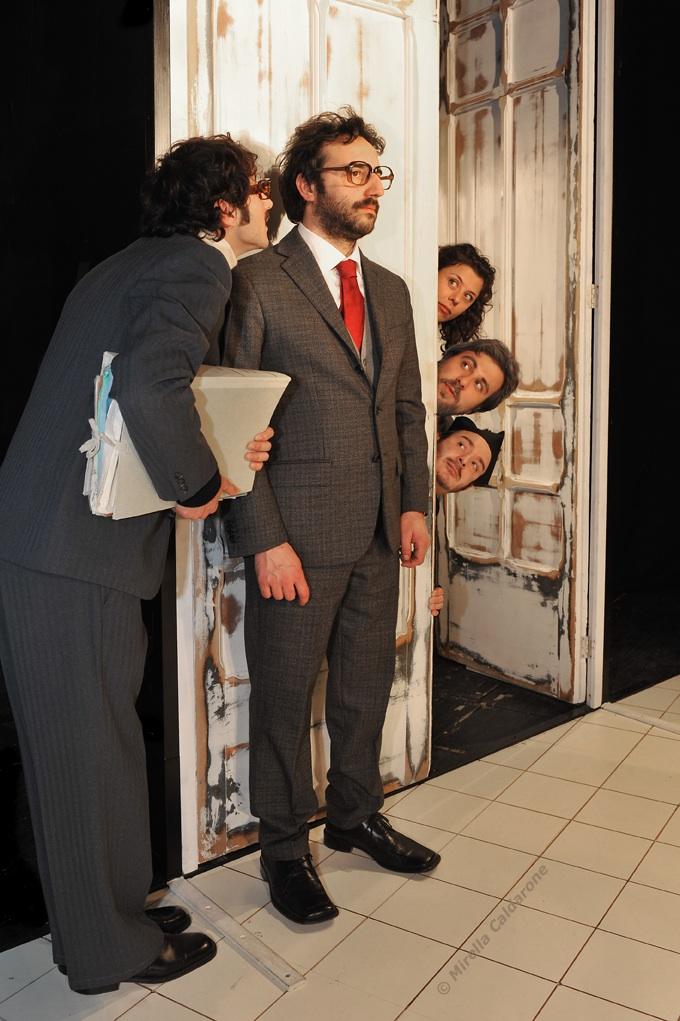 Da Brecht a Eduardo, da Manzoni a Gogol: settimana di grandi classici a Milano