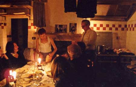 Questa settimana il teatro si mangia, tra Dostoevskij, von Kleist e Carol Ann Duffy