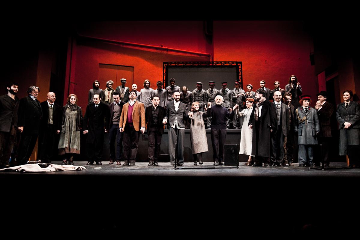 Santa Giovanna dei Macelli: in scena gli allievi della scuola di teatro del Piccolo
