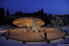 Calenda e Longhi nella culla del teatro classico: Baccanti e Prometeo a Siracusa