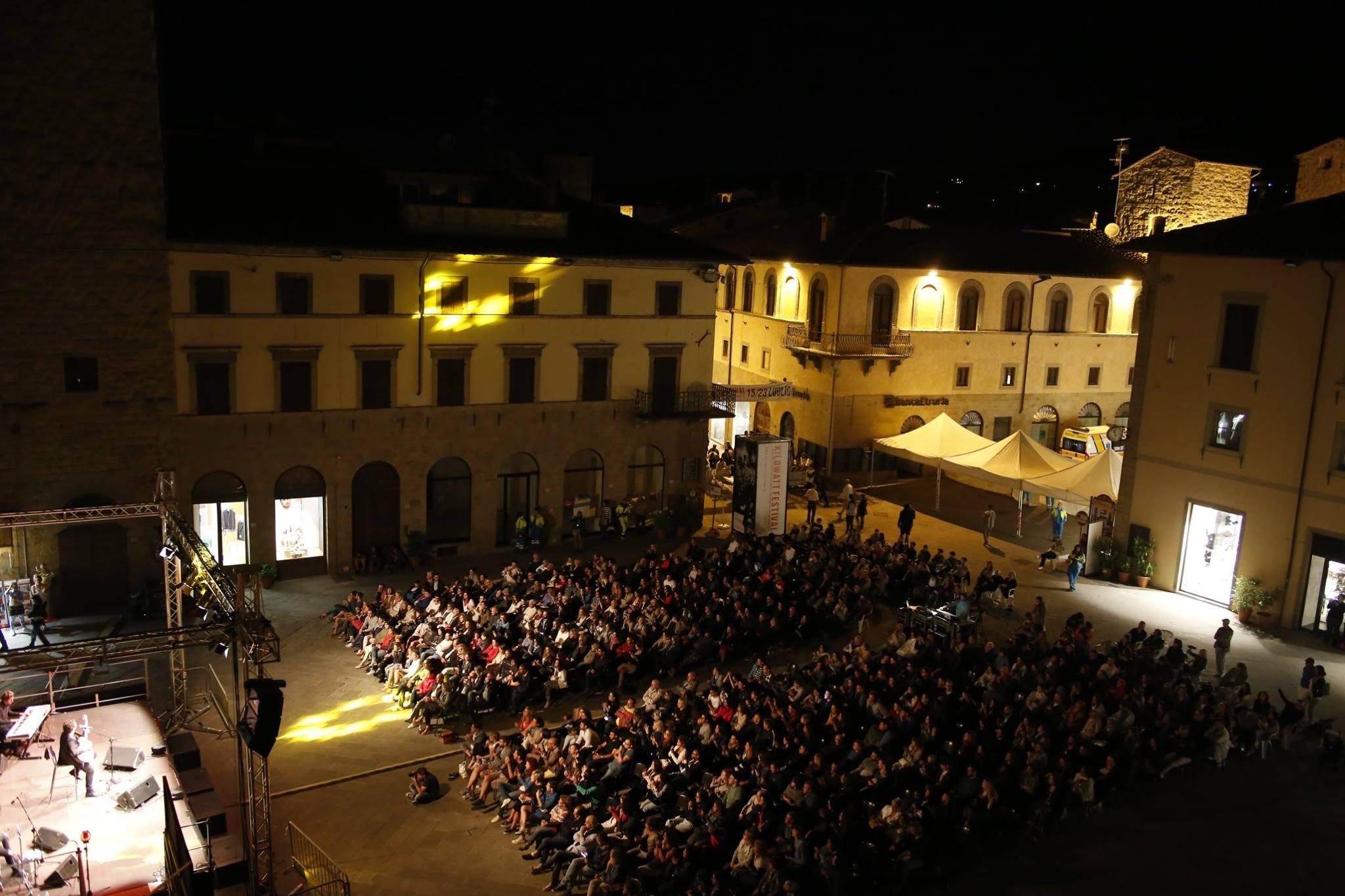 Sansepolcro in piazza: la poesia detta, la poesia danzata
