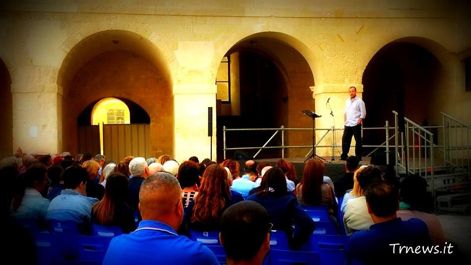 ore 11.30: Castello di Carlo V, Lecce