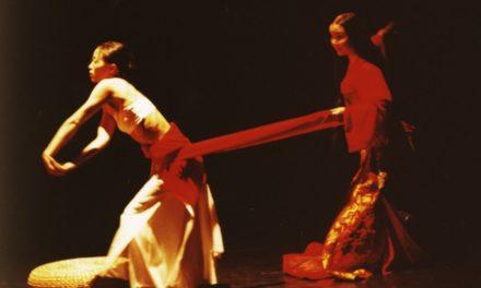 A lezione con Beijing Modern Dance Company