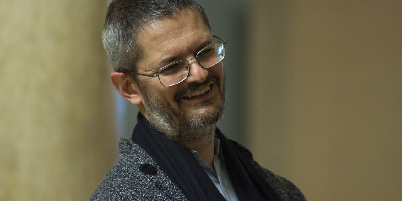 Consenso, rischio culturale e popolo teatrale – Intervista a Claudio Longhi