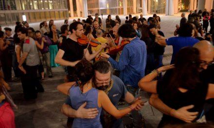 Danza e utopia nello spazio pubblico: la Mazurka Klandestina